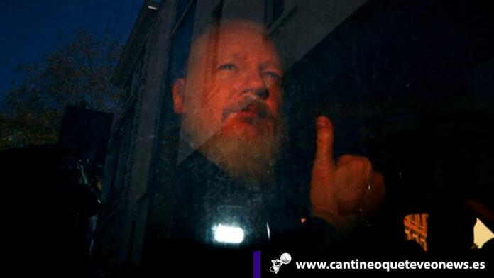 Julian-Assange 3