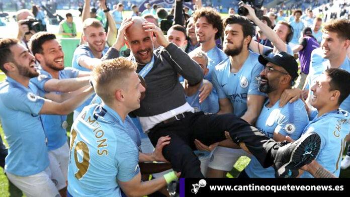 cantineoqueteveo-Guardiola--fue-elegido-como-el-mejor-DT-de-la-Premier-por-encima-de-Klopp
