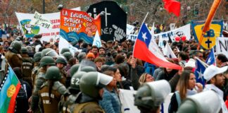 Cantineoqueteveo News - Protestan-marchan-profesores en Chile