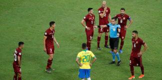 Venezuela frenó a Brasil en casa con la ayuda del VAR 2