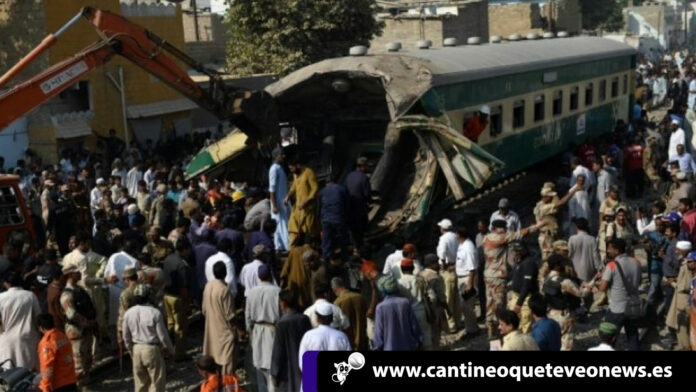Cantineoqueteveo News - Choque trenes Pakistán